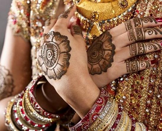 circle mehndhi desings