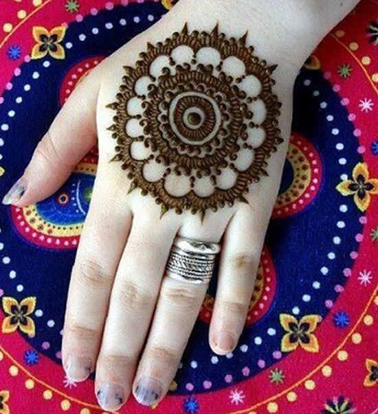 Big Wheel Mehndi Pattern