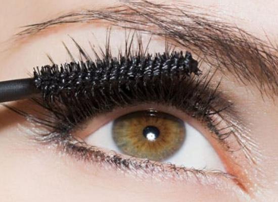 Beginners Guide To Learn Simple Eye Makeup Stepwise
