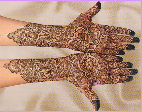 Latest best and beautiful bridal mehandi
