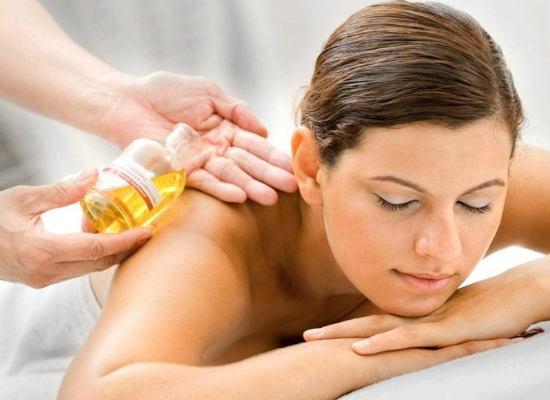 Massaging with oils