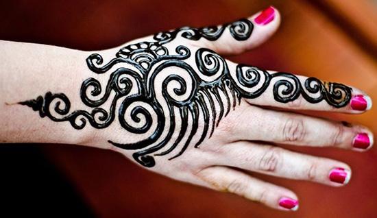 Stylish Mehndi Design For Girls