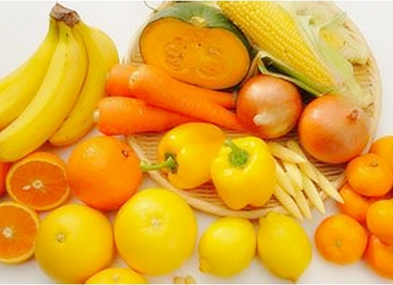 Yellow vegetables and oranges