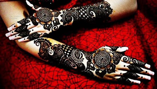 elegant-mehndi-design 3
