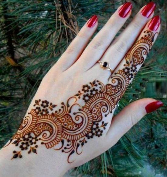 peacock-mehndi-designs-for-hand