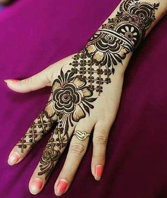 MEHNDI TATTOOS 12