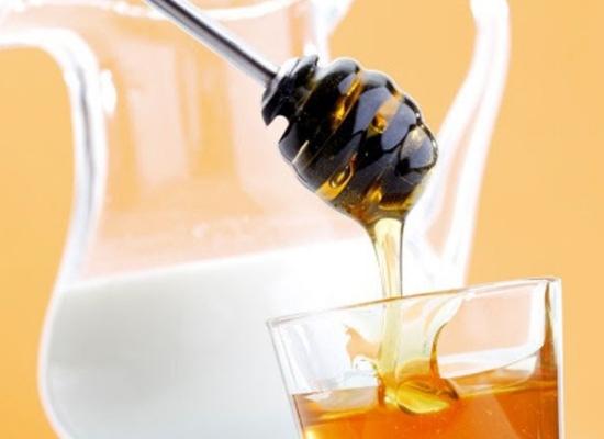 Raw milk and honey