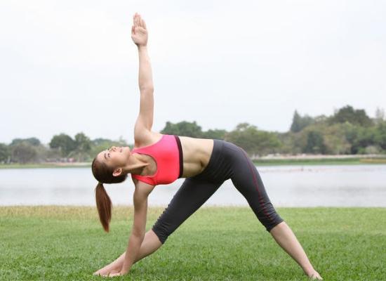Triangle pose – Trikonasana