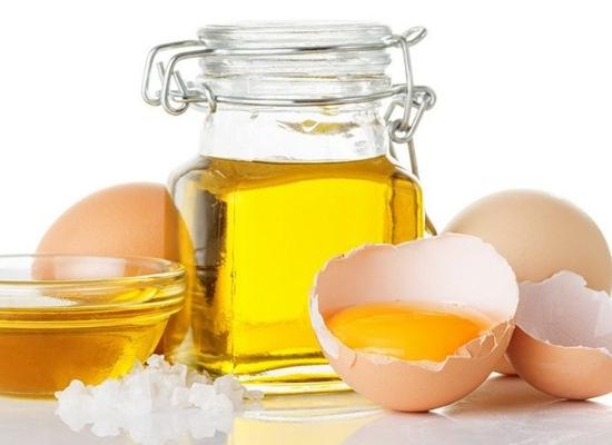Oily hair egg pack