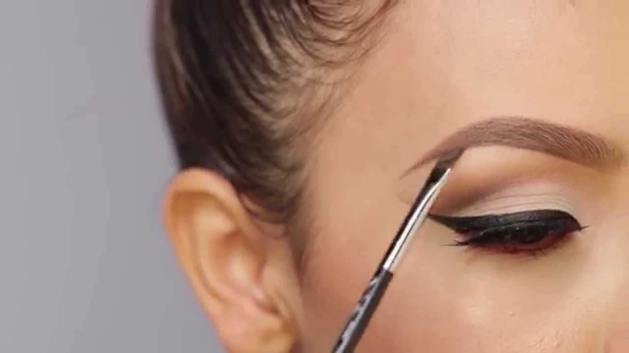Top 4 Pro Tips When Buying Eyebrow Makeup Online