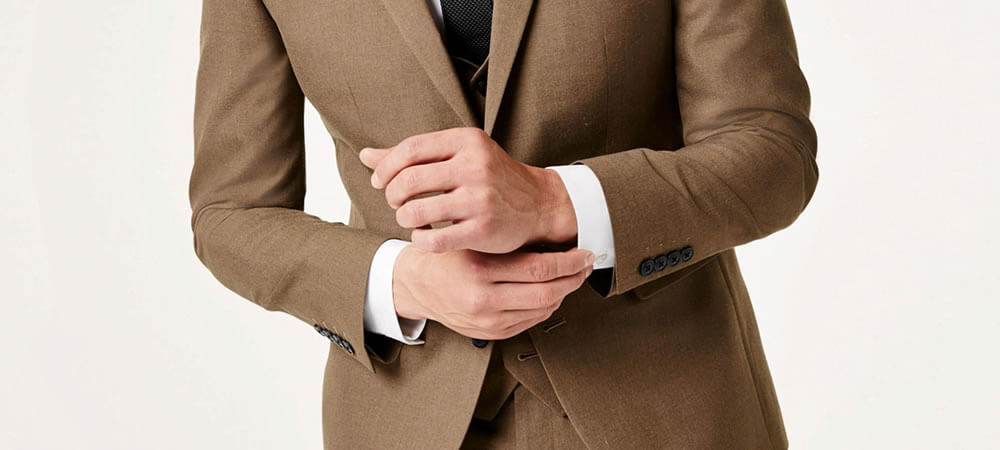 Common Mistakes People Make When Pairing a Watch to Their Outfit