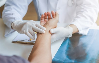 How to Prepare for Visa Medical Examination in Abu Dhabi?